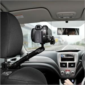 Кронштейн имеет стандартный винт для крепления видеоаппаратуры